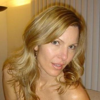 10 Francine, 35, Hasselt